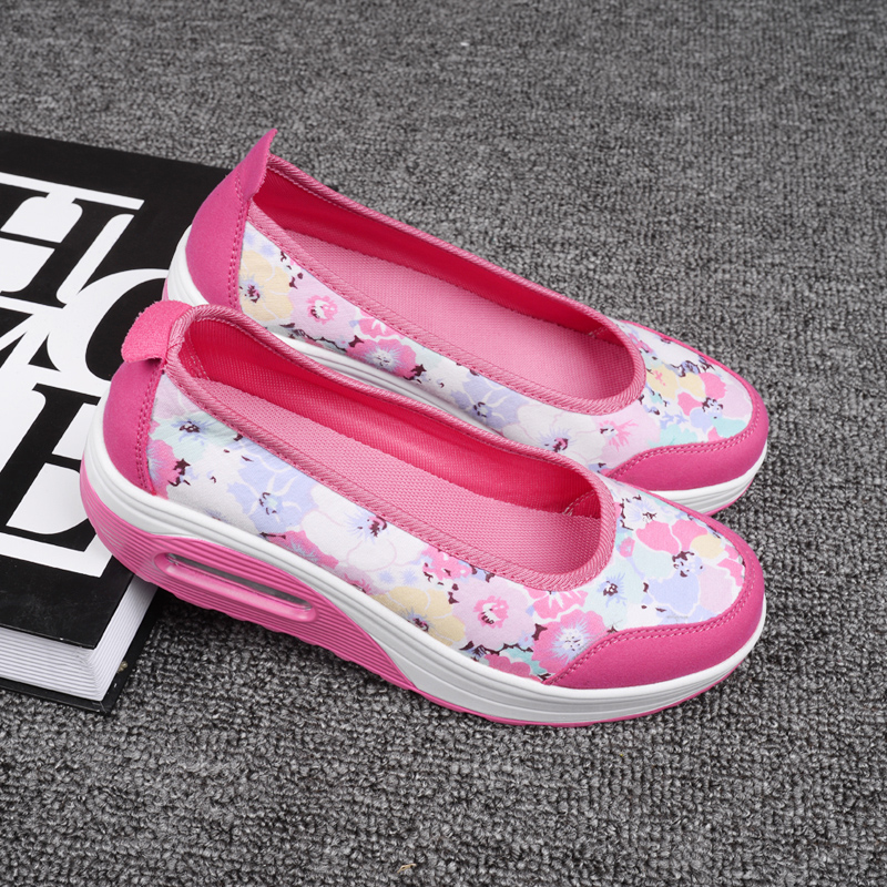 2016 new spring and summer casual female floral canvas shoes mother shoes single shoes thick crust increased korean shook his shoes