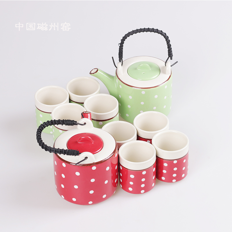 A set of four red polka dot japanese ceramic flower tea ceramic teapot special offer creative wedding gifts