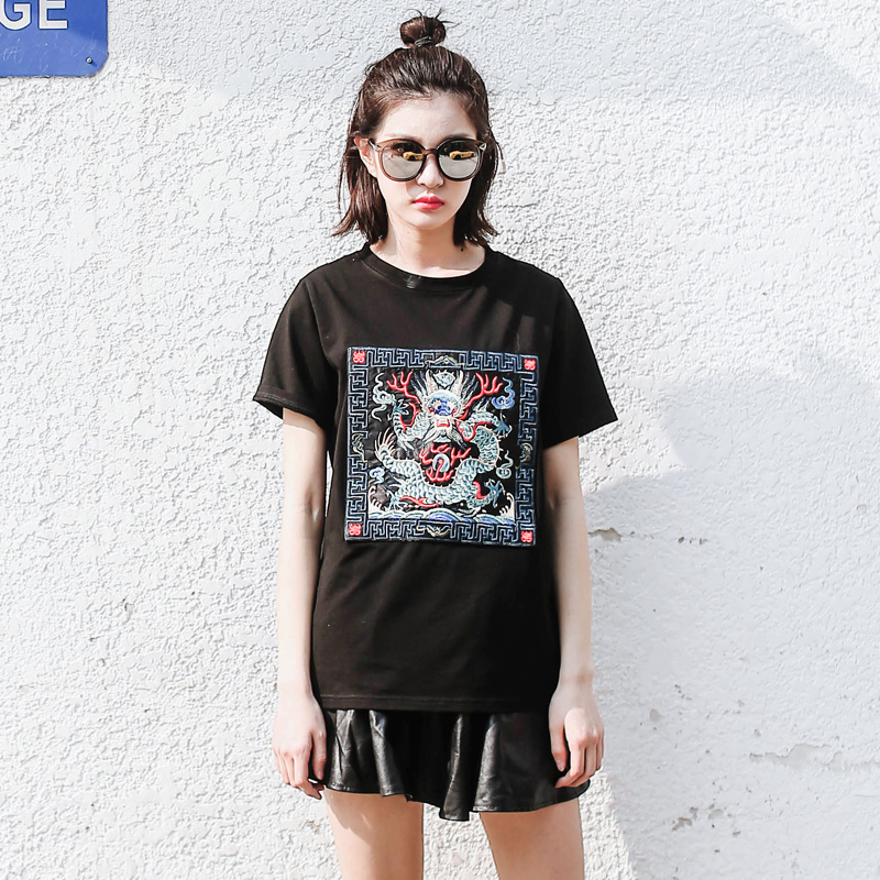 Accordance with the cool yards embroidery short sleeve t-shirt female lovers summer korean students loose round neck white t black tide brand compassionate woman