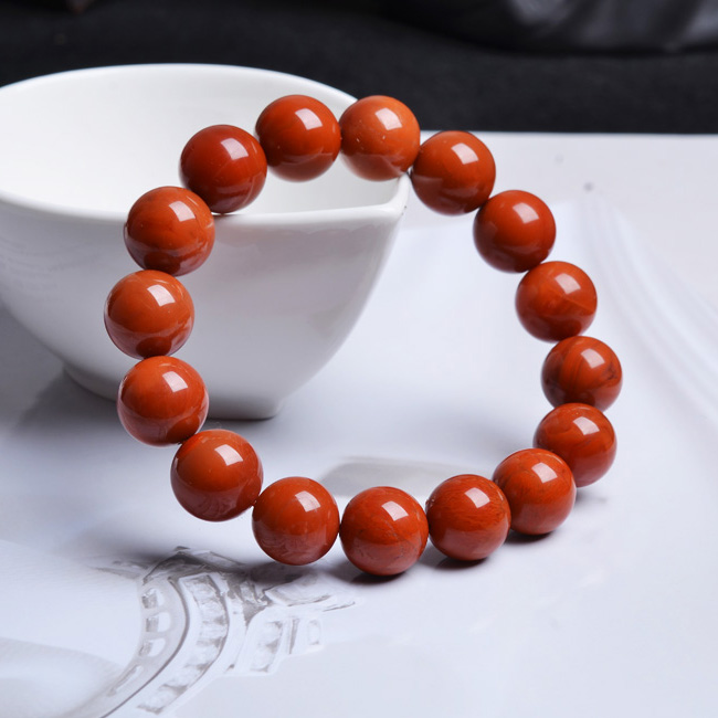 According to chang gosklno south persimmon red meat full of natural crystal red agate bracelet 5MM mm oily full sichuan material