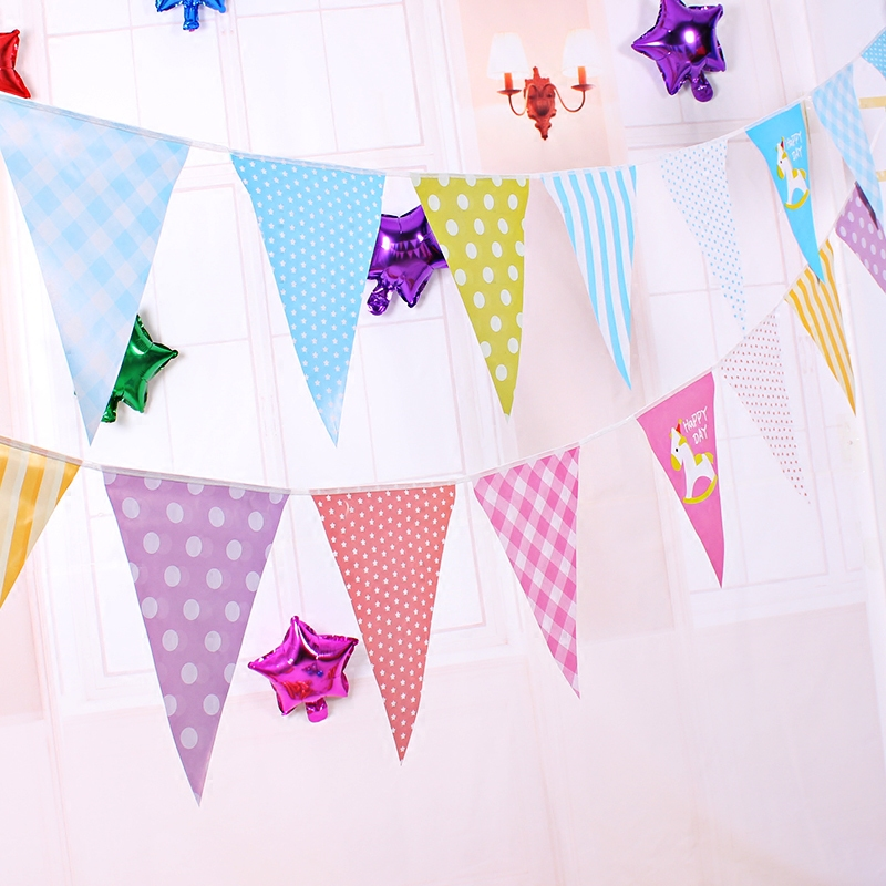 Arranged a birthday party decorations birthday venue layout cartoon banner pennant banners brace