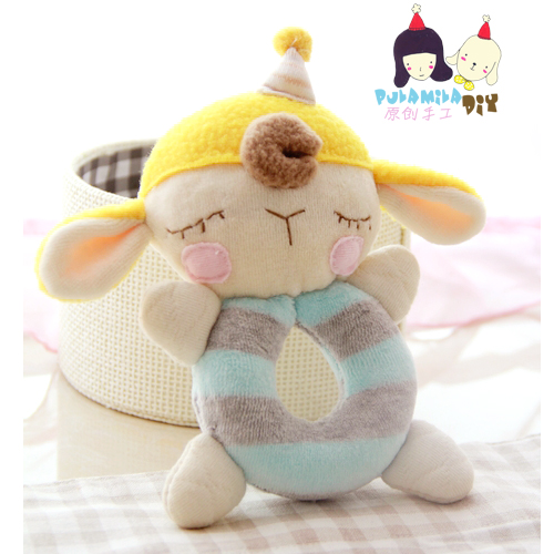 Baby handmade diy material package sheep obediently baby lamb baby rattles hand to play with dolls materials package