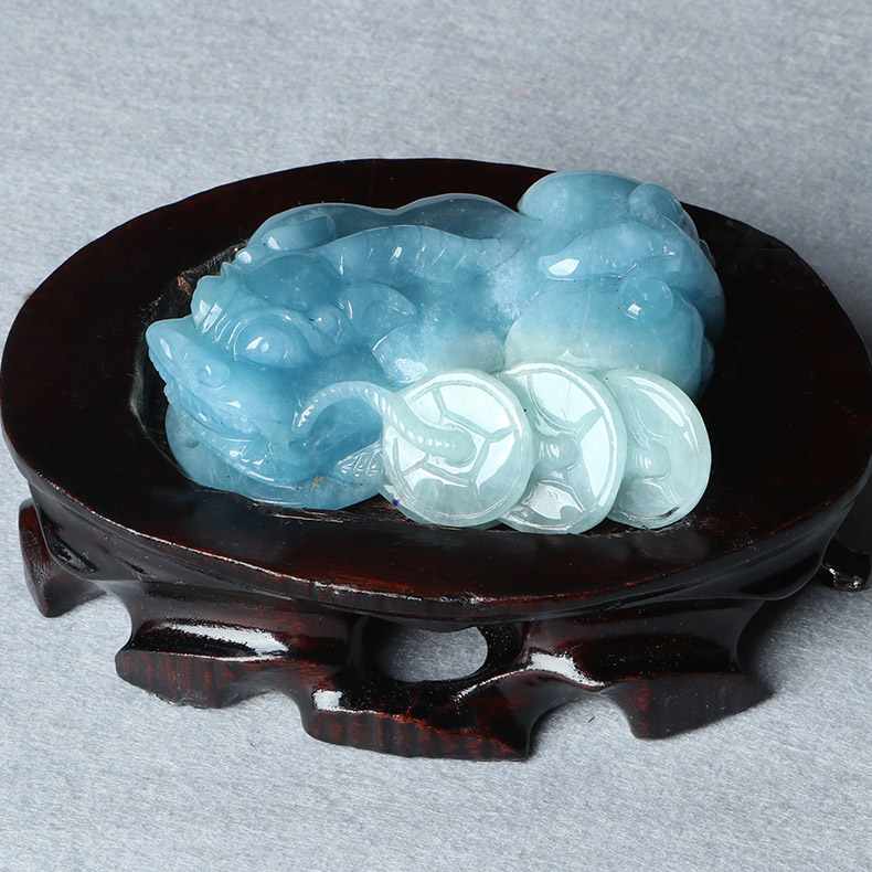 Bao crystal pro rare natural aquamarine large size pieces of ornaments brave carving masters pretty natural color