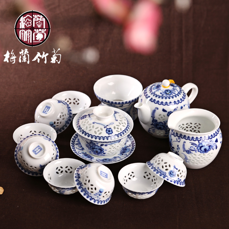 Blue and white porcelain in jingdezhen delicate hollow eggshell entire suite of ceramic kung fu tea iron goddess of mercy guanyin tea gift tea