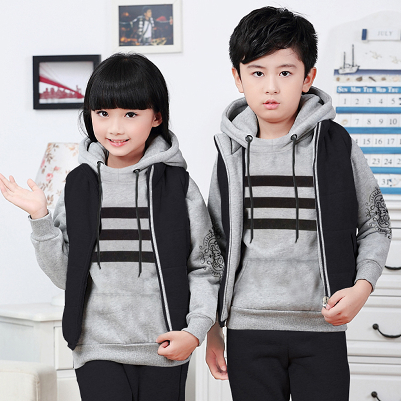 Children's clothing for boys and girls big virgin plus velvet sweater autumn and winter leisure suit three sets of parents installed a three loaded
