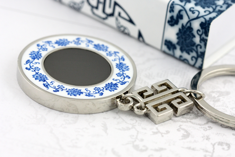 Chinese style wedding creative wedding favor wedding gifts birthday gift blue and white mirror key chain key ring