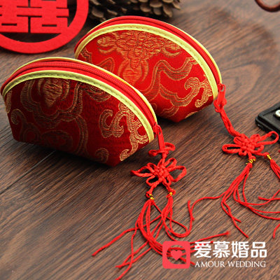 Chinese wedding candy box candy box chinese style red cotton bag with chinese knot festive wedding supplies gold package