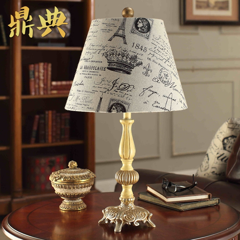 Continental bedside lamp resin carved american retro bedroom lamp bedside lamp warm and creative book room lamp shade cloth