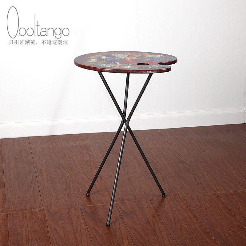 Cool tange creative retro tripod sketchpad iron coffee table living room coffee table round table decorations ornaments