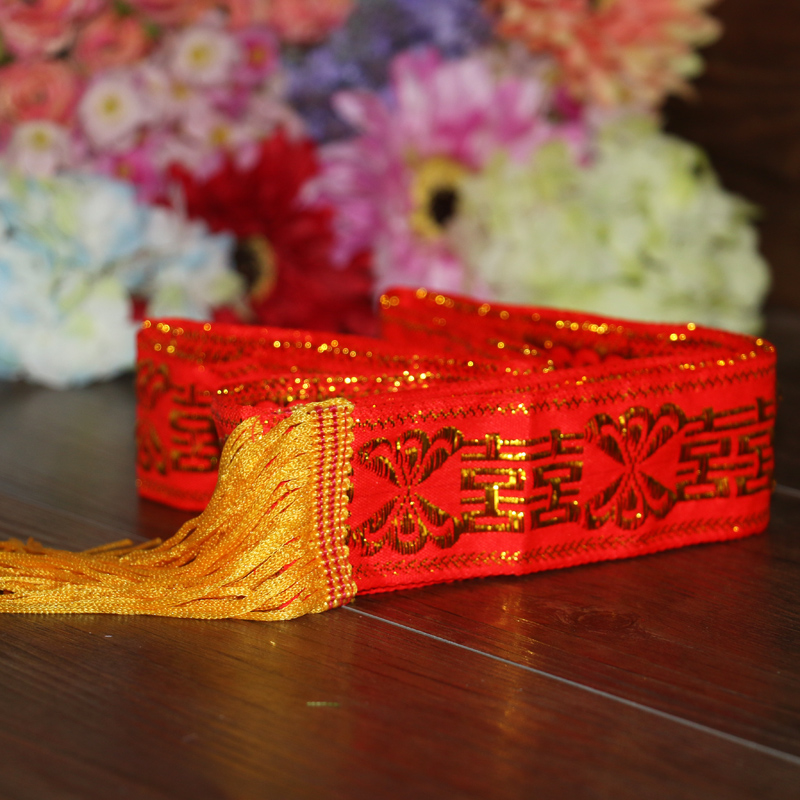Creative wedding supplies wedding dowry quilt red rope tied red string supplies bridal dowry red strap