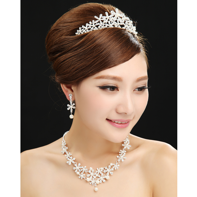 Dumping country wedding dress bridal wedding accessories silver crown necklace diamond wedding dress accessories luxury european and american style