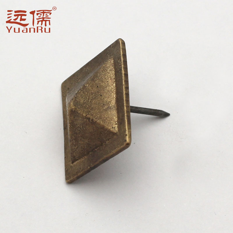 Far confucian chinese antique bronze palace far large copper nails nails nail doornail drum square side length 3.3 cm