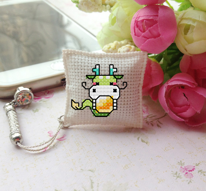 France dmc cross stitch embroidery sided dust plug phone pendant jade meter of rope keychain suite lunar new year of the dragon