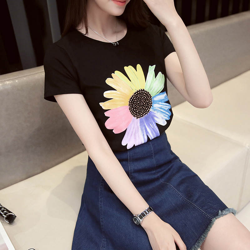 Free shipping korean version of the summer sunflowers korean version was thin loose short sleeve t-shirt hot drilling loose a large version of the shirt wild tide