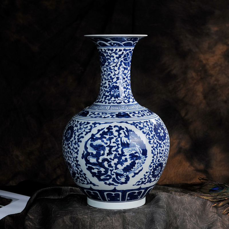 Hand painted antique blue and white porcelain dragon reward jingdezhen ceramic vase flower holder living room crafts decoration