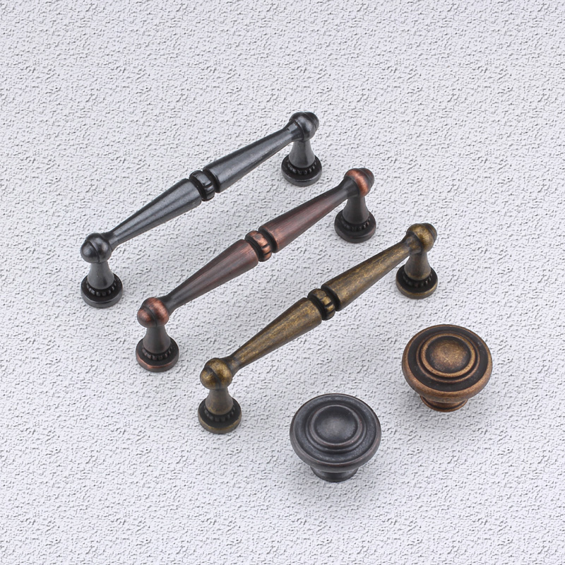 Imitation of european classical handle to do the old black and green and red bronze cabinet drawer handle cabinet wardrobe door handle handle american