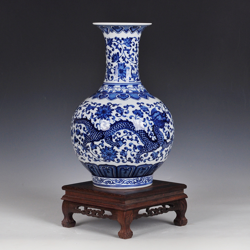Imitation of the ming and qing classical chinese jingdezhen ceramic vase porcelain vase home decoration vase ornaments painted home