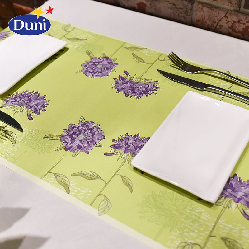 Imported raw wood pulp Duni0.4 * m creative color square hotel banquet table runner meal hall table