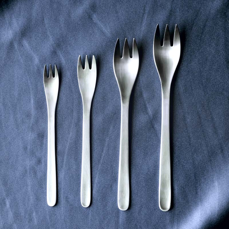Japan imports a small fork fruit fork 304 brushed stainless steel fork cake dessert fork western steak fork