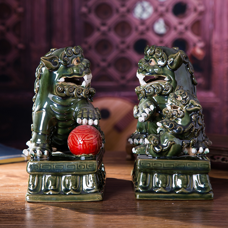 Jingdezhen ceramic glaze ceramic ornaments lucky feng shui ornaments one pair of lions creative home crafts ornaments