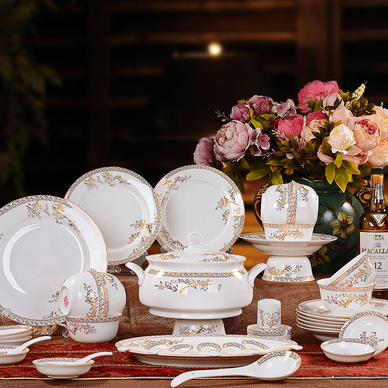 Jingdezhen porcelain tableware suit 28/56 head bone china tableware suit korean dishes dishes upscale wedding