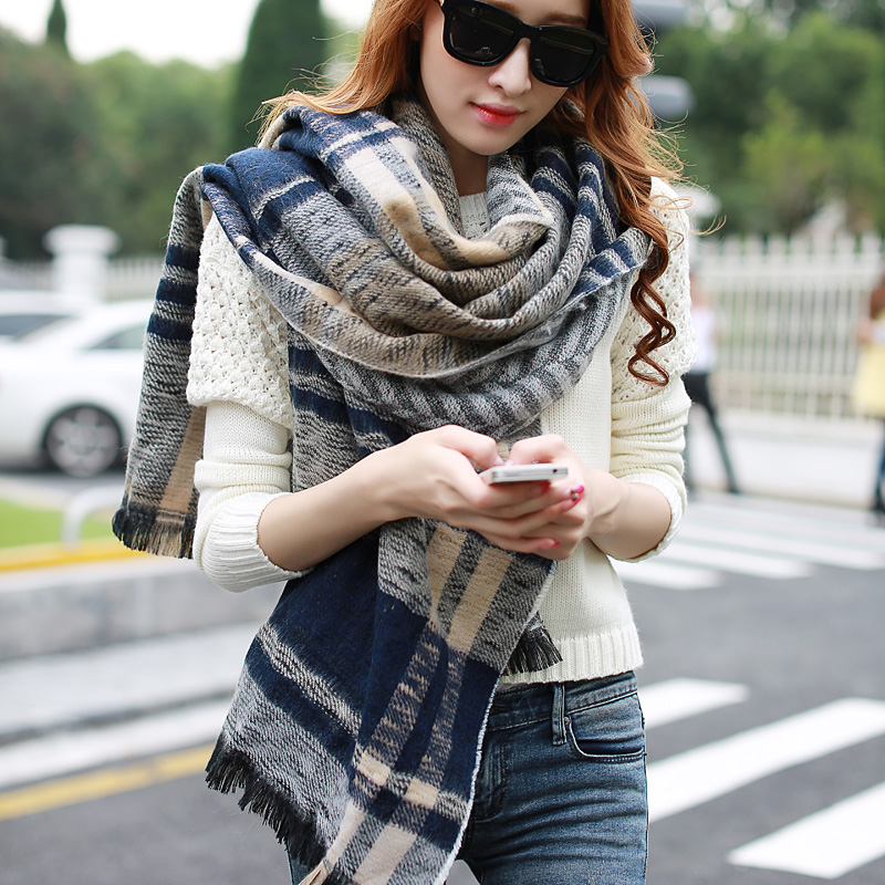 Korean version of the influx of autumn and winter days fu cabinet striped long paragraph ms. thick cashmere shawl dual oversized scarf