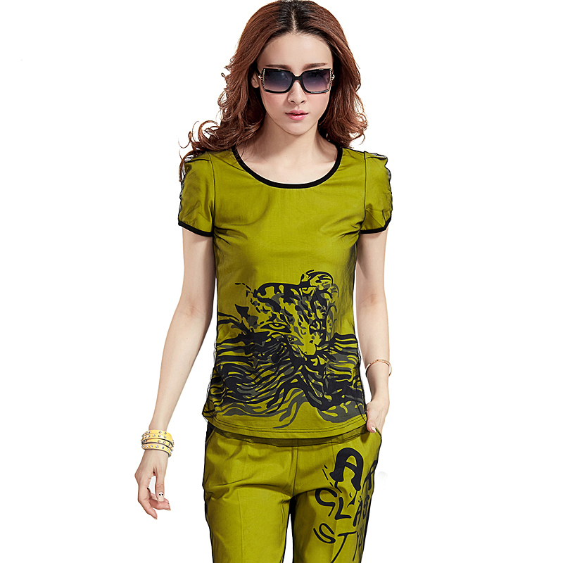 Korean version of the summer short sleeve t-shirt female student short pants suit leisure suit sweater sports suit female summer
