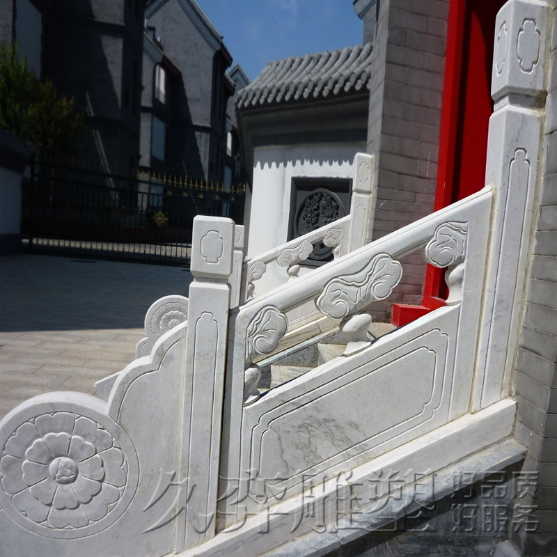 [Long yi sculpture] manufacturers custom white marble white marble balcony railing pillars pillars balcony decoration