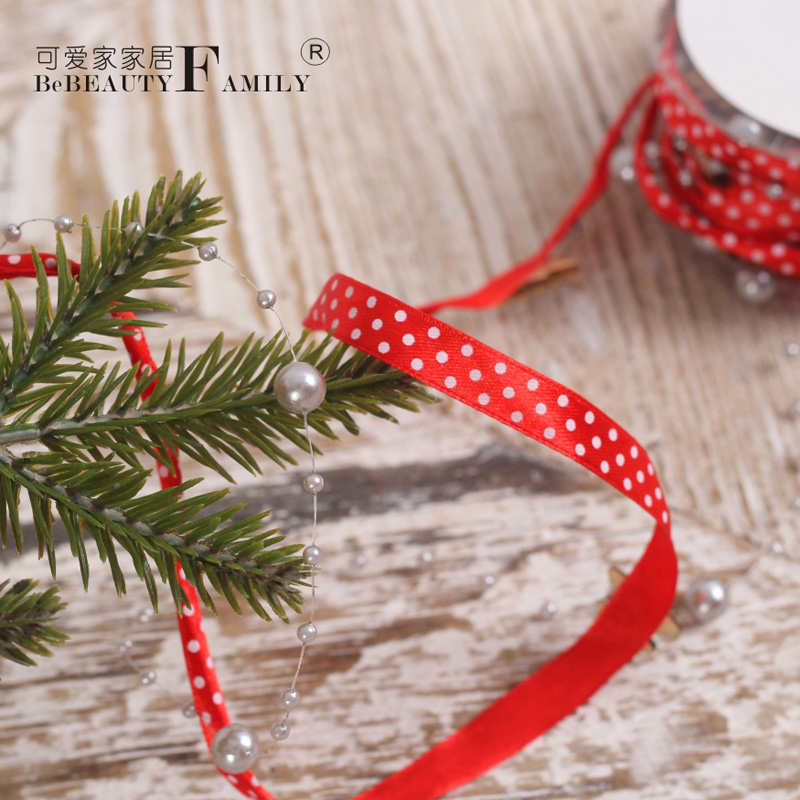 Lovely home for christmas decorations red polka dot christmas tree christmas tree decorations christmas ribbon gift box tie