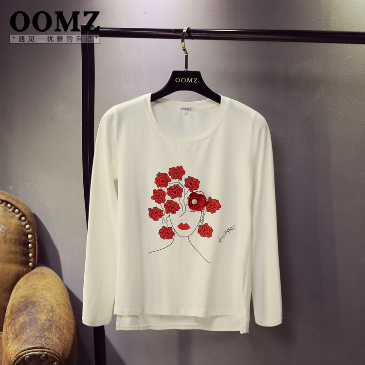 Oomz early autumn new casual korean version of the three-dimensional flowers embroidered solid color printing bottoming shirt long sleeve t-shirt female