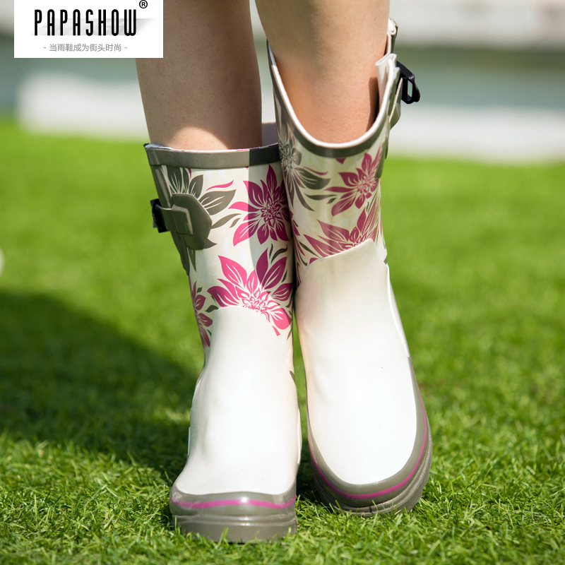 Papa show summer new female fashion rain boots rain boots waterproof boots rubber boots ms. wild influx of people in tube rain boots