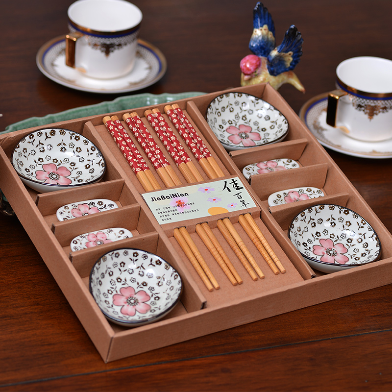 Philippines to find creative wedding celebration favor cutlery dishes suit wedding gift wedding gift wedding gifts small gifts