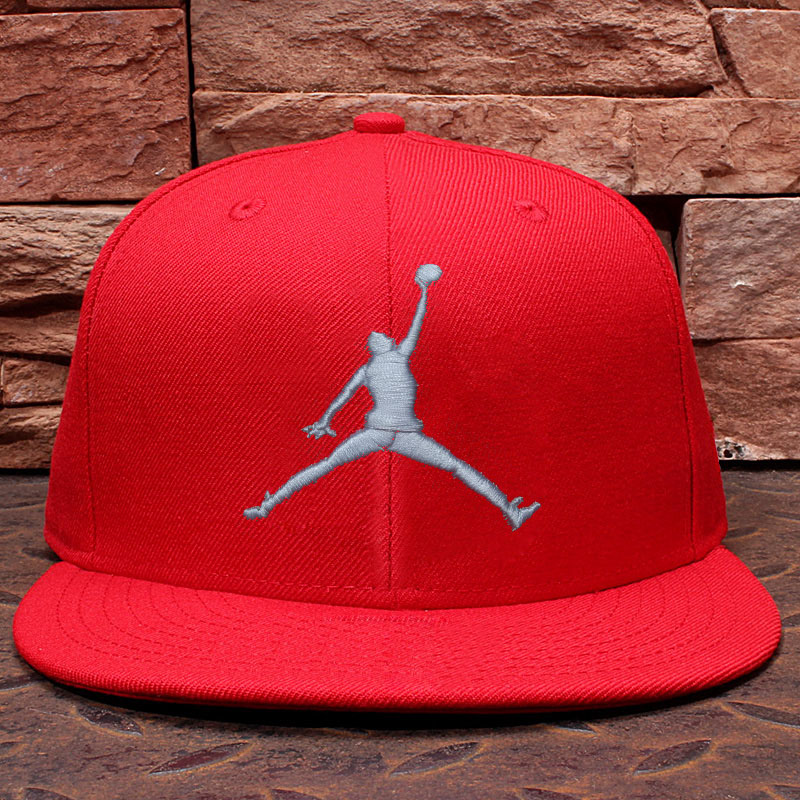 Post love rose chicago bulls michael jordan aj basketball hat hip-hop hat flat brimmed hat baseball cap influx of men