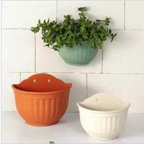 Semicircle semicircular wall spider flower pots hanging spider plant pots plastic resin pots hanging pots with water receiving care