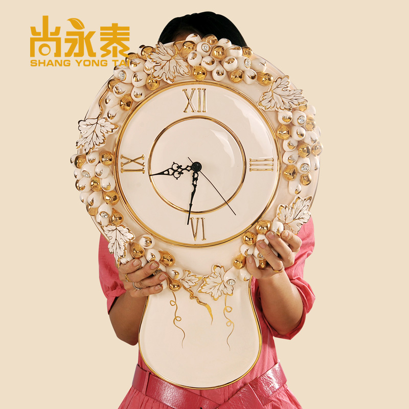 Shang yongtai upscale villa model room entrance european ceramic ornaments living room clocks wall clock decoration