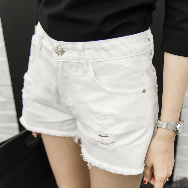 Summer new hole in the natural waist wide leg denim shorts female summer students loose korean version was thin white shorts tide