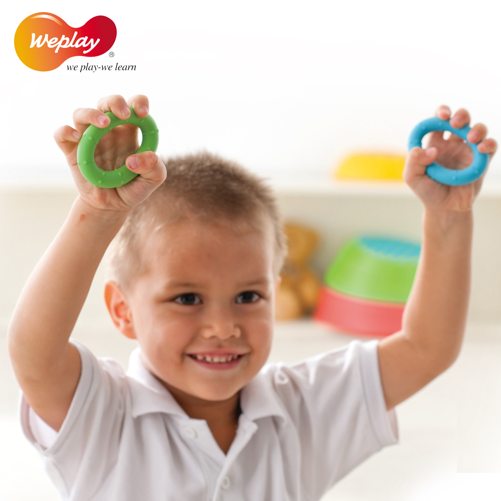 Taiwan weplay original imports of young children yaya ring arm muscles feel the touch toys sensory integration equipment