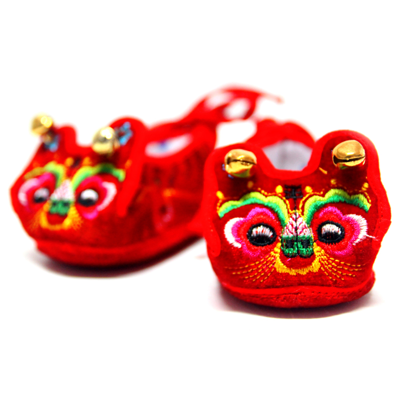 Take bubble red birthday baby tiger shoes baby shoes toddler shoes handmade shoes tiger shoes full moon over a hundred