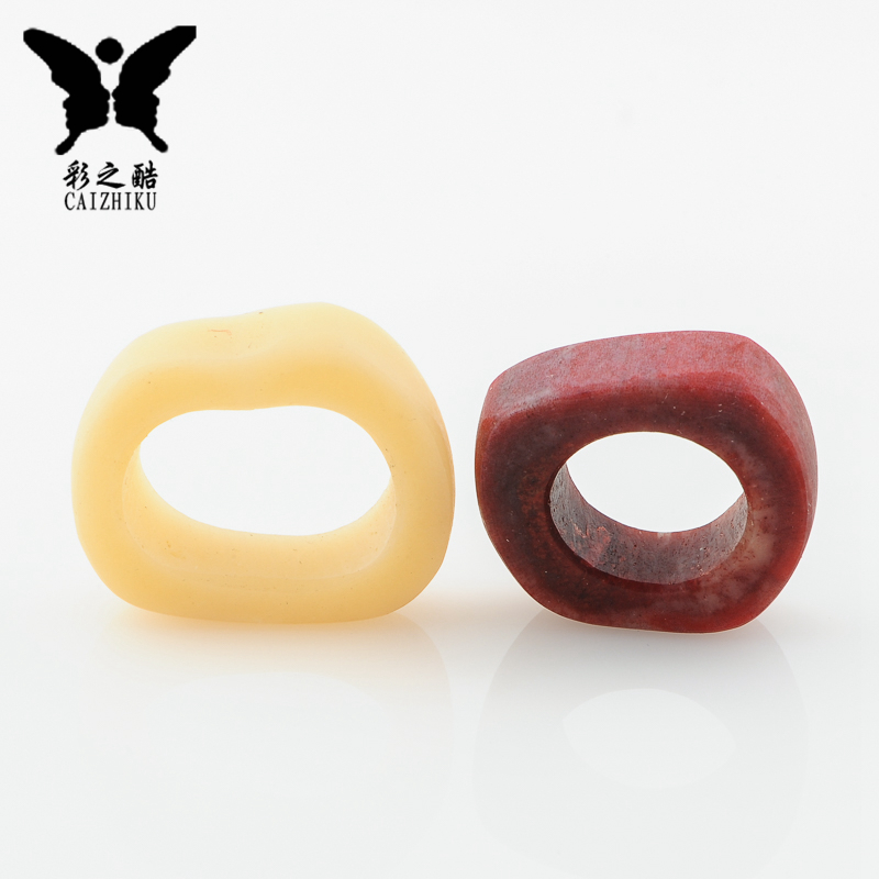 The color of the cool-qin blood camel bone shaped ring back cloud moon and stars bodhi beads pendant pendants d iy Accessorise