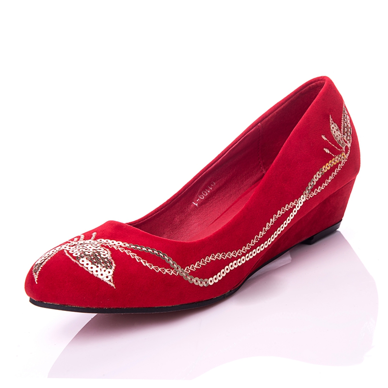 The new red bridal shoes wedding shoes with flat shoes embroidered shoes flat shoes shoes low heel bridal shoes minimalist shoes