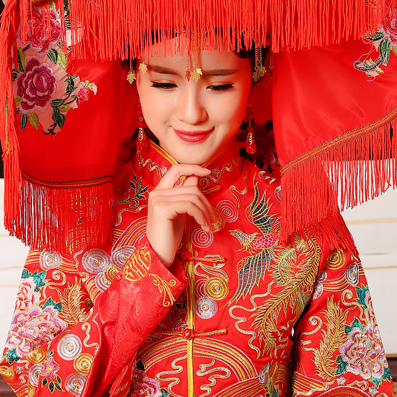 The new upscale chinese hi clothing xiu dragon gown bride red scarf hijab accessories thorn embroidery tassels hi wedding