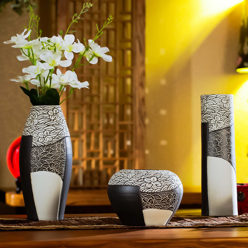 Three sets of free shipping handmade jingdezhen ceramic vase modern minimalist creative home decorations living room ornaments