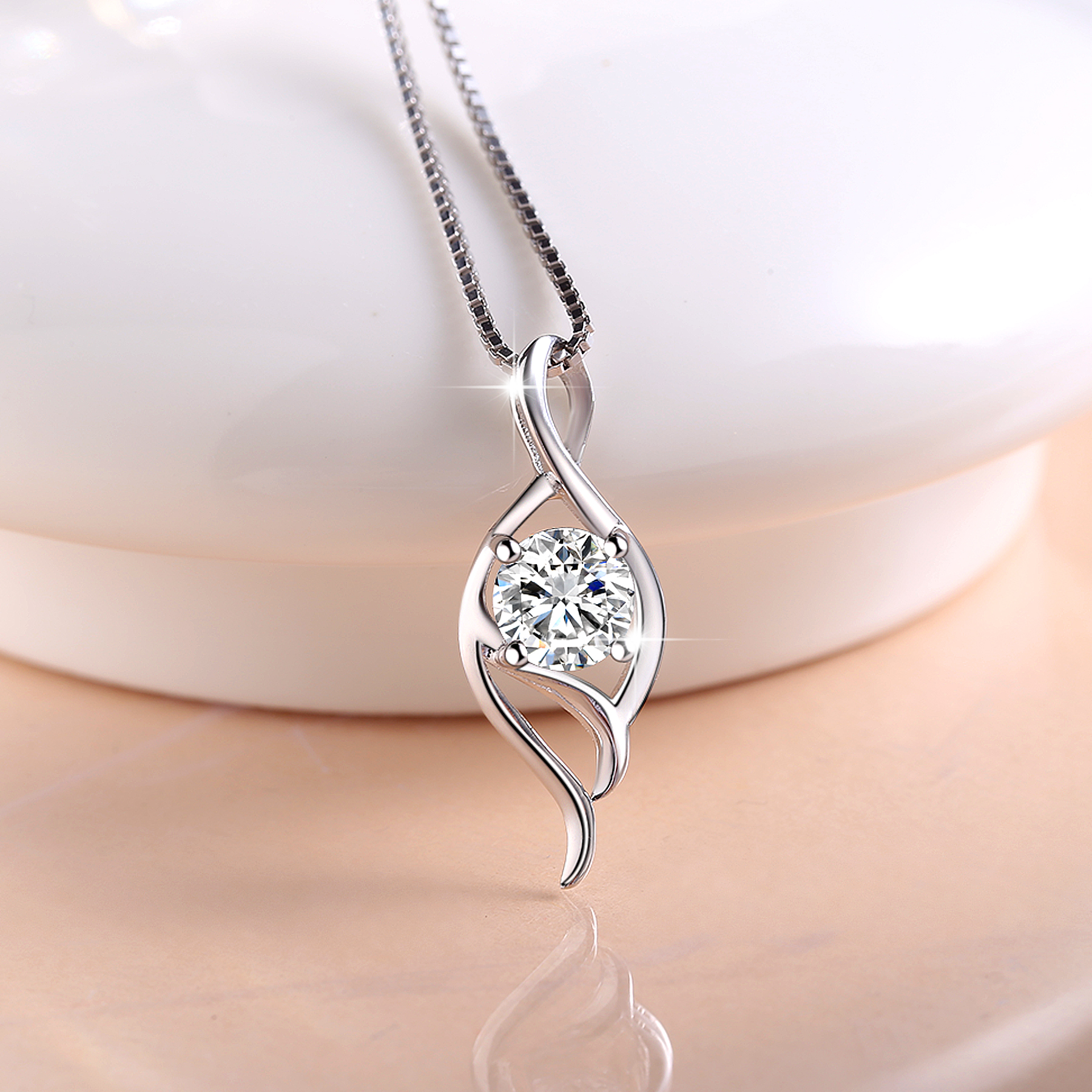 Treasure with flower s925 silver necklace female models clavicle chain pendant fashion jewelry korea simple birthday gift only love