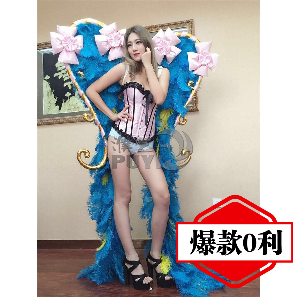 Victoria's secret catwalk stage performances wings angel wings feather wings props decorative ornaments pictures