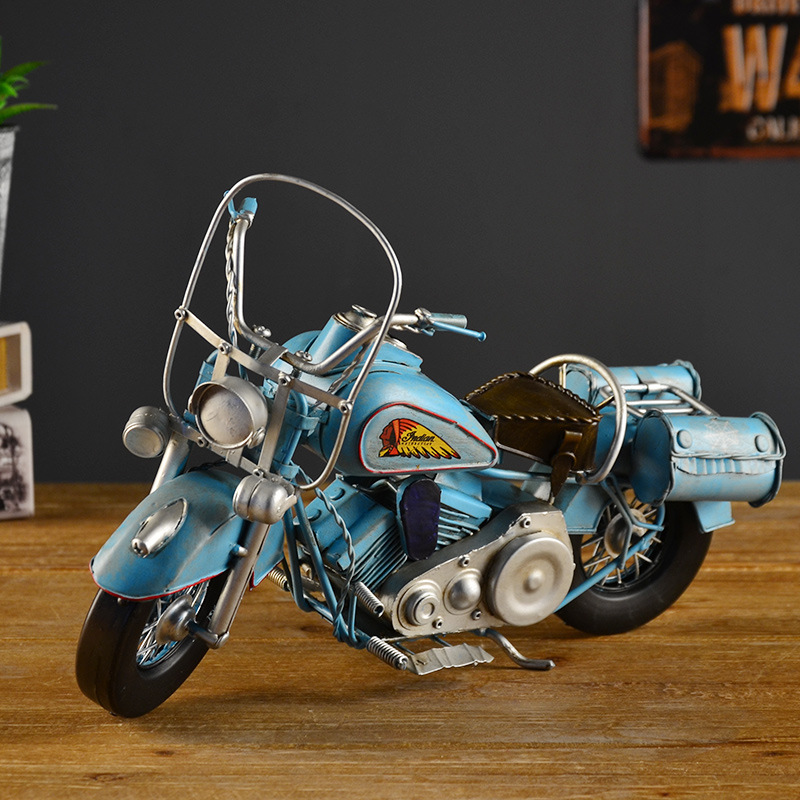 Vintage motorcycle model home furnishings crafts ornaments creative boutique small ceremony matter of milk tea shop soft furnishings