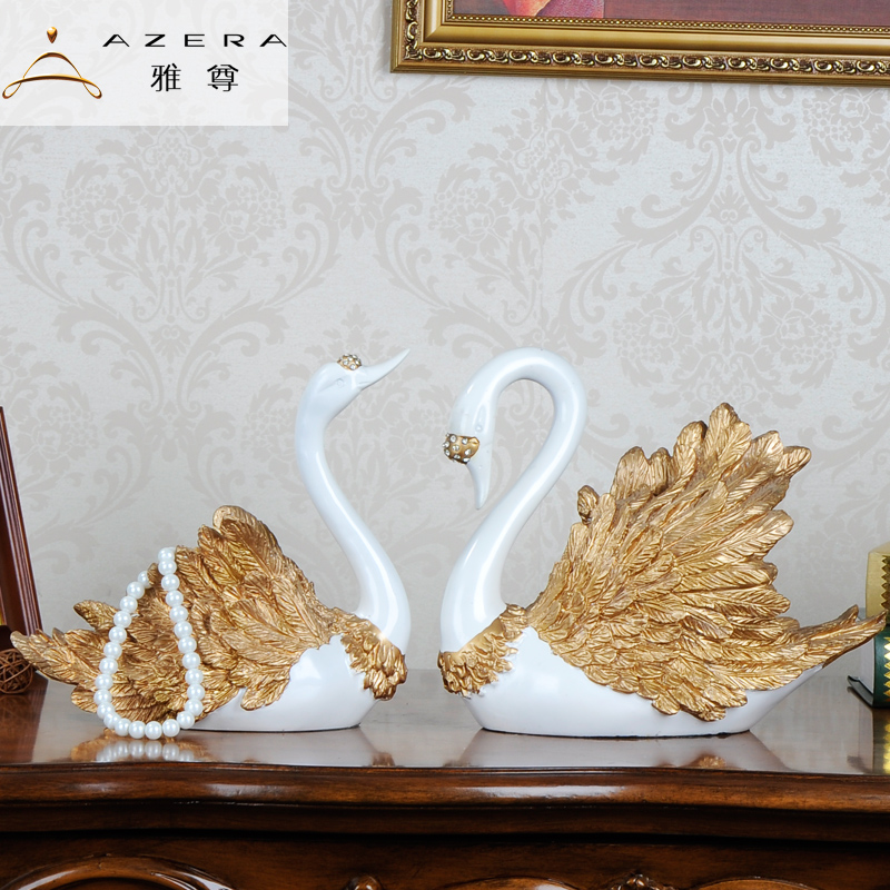 Wedding gift resin swan wedding ornaments creative and practical wedding gifts to send to friends girlfriends upscale souvenir