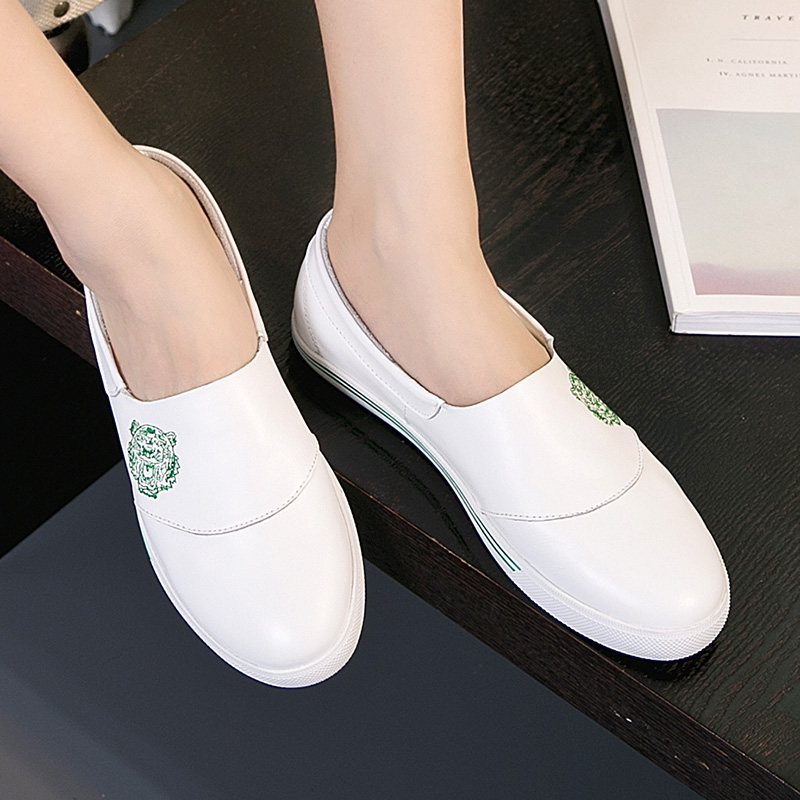 Wild summer breathable leather shoes white shoes women leather flat shoes a pedal sets foot shoes women shoes spring 2016 shoes tide