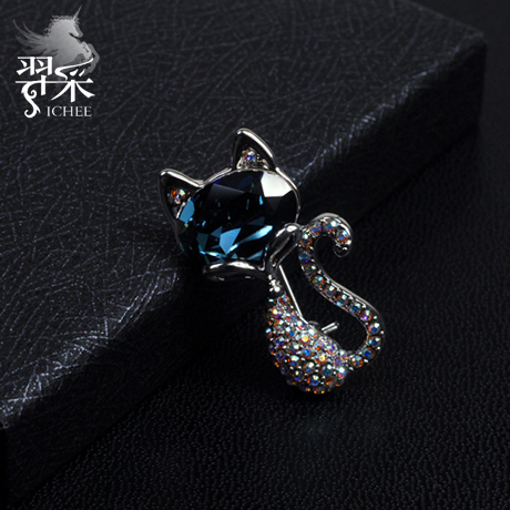 Yi mining men suit cat brooch crystal brooch pin brooch korean version of the influx of people personality original design jewelry