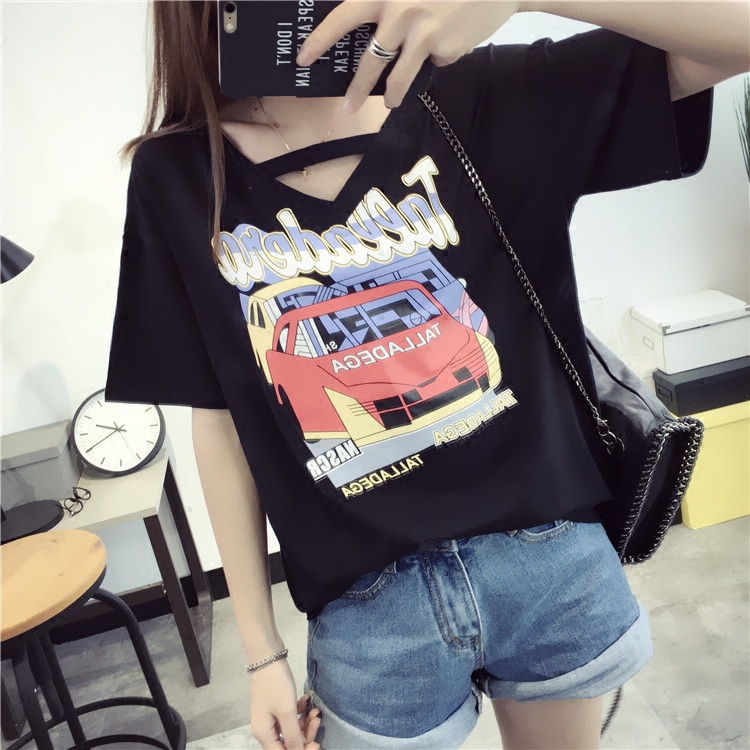 Qiç±³korean fan wild cartoon printed short sleeve v-neck t-shirt female summer summer women loose shirt compassionate students