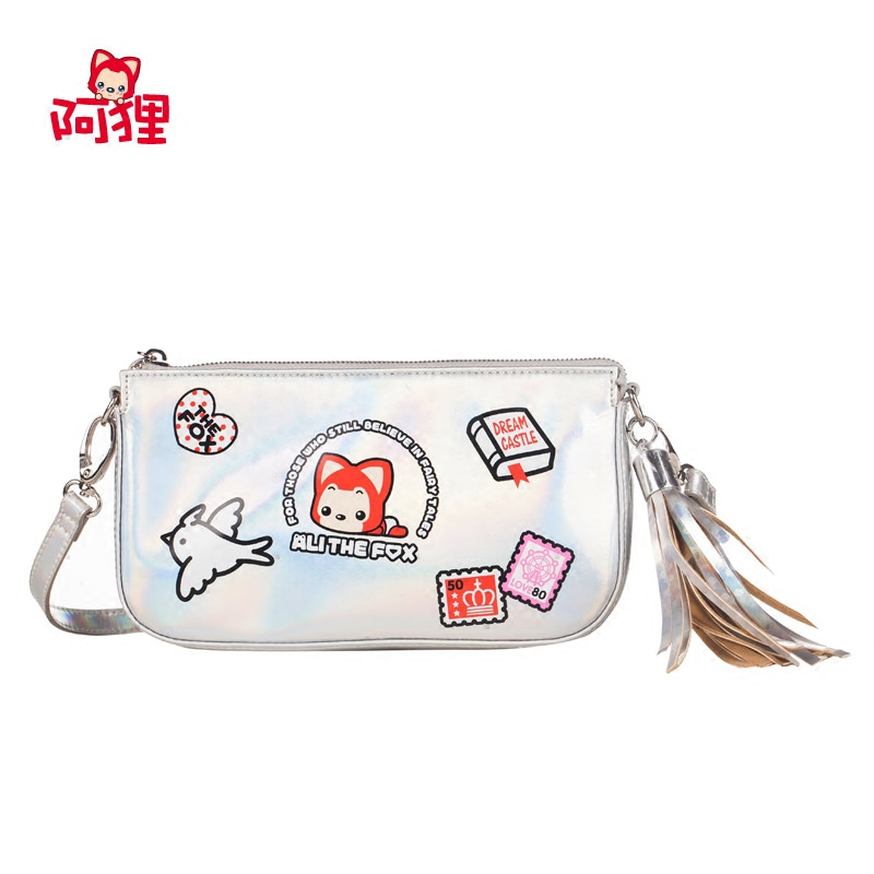 A raccoon 2016 new brightly colored shoulder bag silver anime cartoon shoulder bag diagonal package pu tassel bag